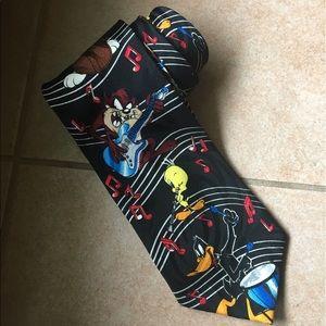 Vintage 1995 100% silk  Looney Tunes Mania Tie